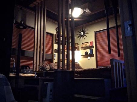 <漆黒の間:203号室> 可動式ダブルベッド+布団
