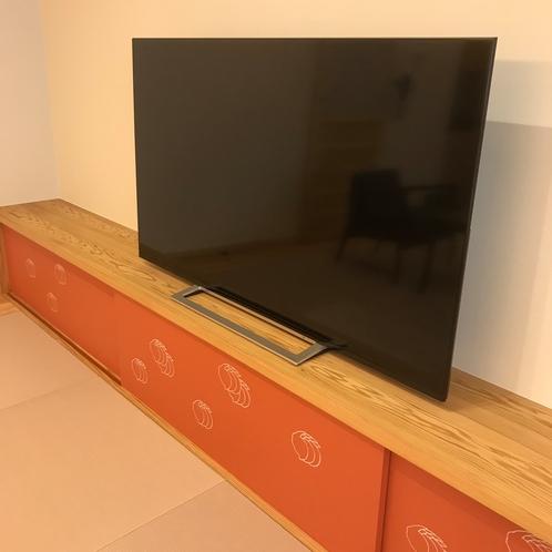 65インチTV