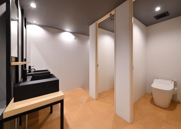 トイレ 各階にあります