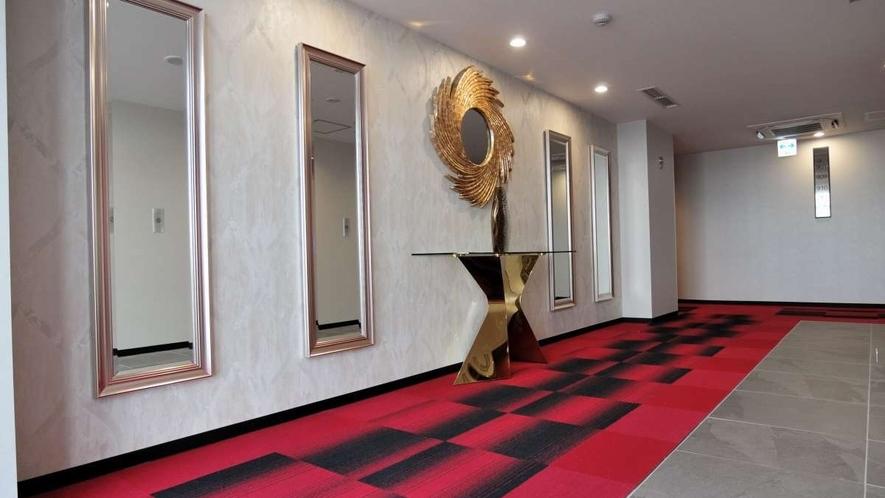 9階エレベーターホール