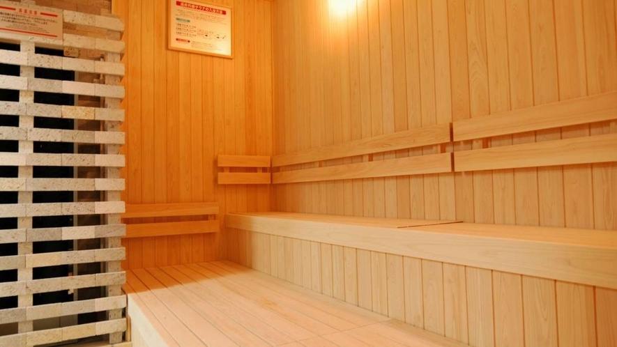 男性用大浴場 サウナ利用時間:3:00p.m.~深夜0:00