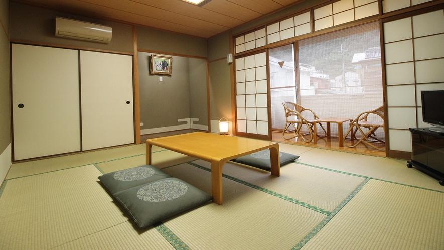 客室■和室12畳(2~5名様)