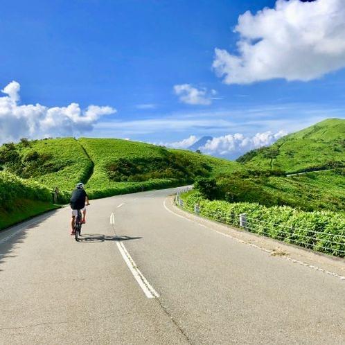 コナステイ伊豆長岡一押しのサイクリングコース『西伊豆スカイライン』。素晴らしい眺望をお楽しみください