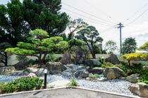 施設内の日本庭園