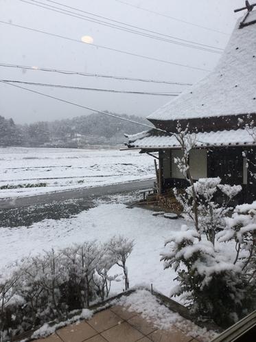 古民家の雪景色