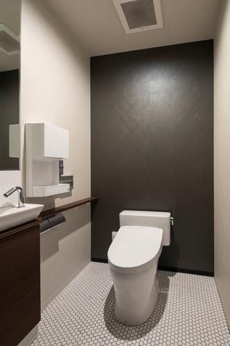 エントランスフロア トイレ