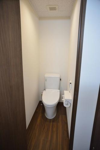 トイレ 4室