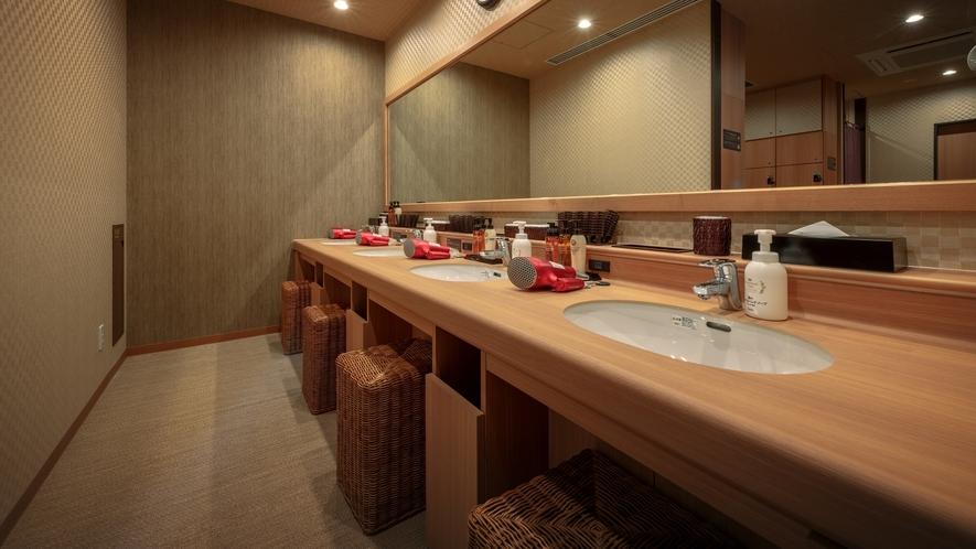 ◆女性大浴場 パウダーブース 4ヵ所