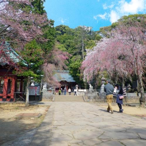 縁結びのパワースポット「伊豆山神社」(当館から車で約16分)