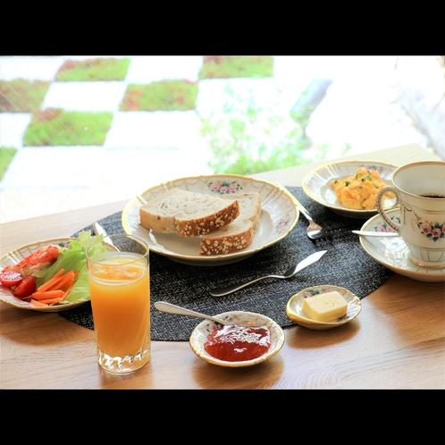 フランスの素材をつかった手作り朝食「コンチネンタルブレックファースト」