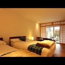 1Fのお庭に面したお部屋。和ごころとフランスのエスプリが融合した空間です