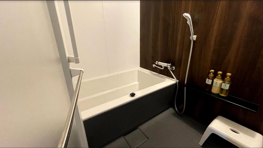 トリプル 洗い場付バスルーム
