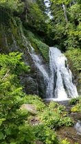 コテージ近傍の景勝地 男鹿の滝