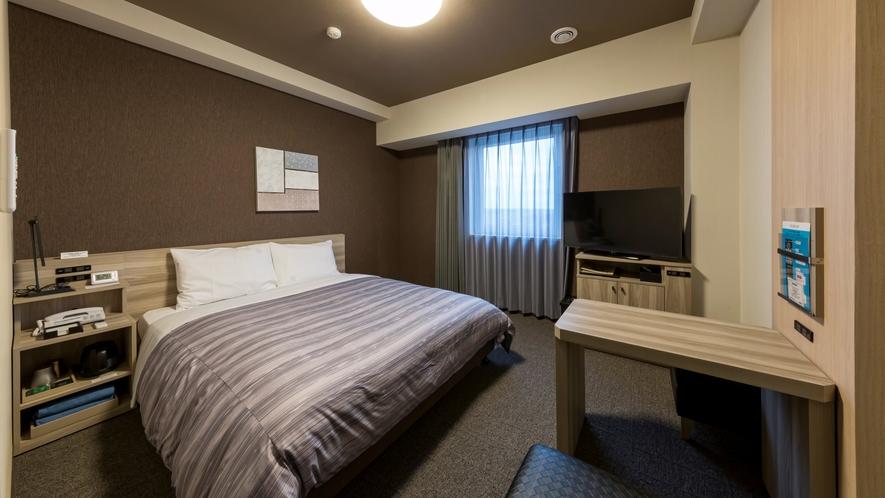 スタンダードダブルルーム:ベッド幅160×200