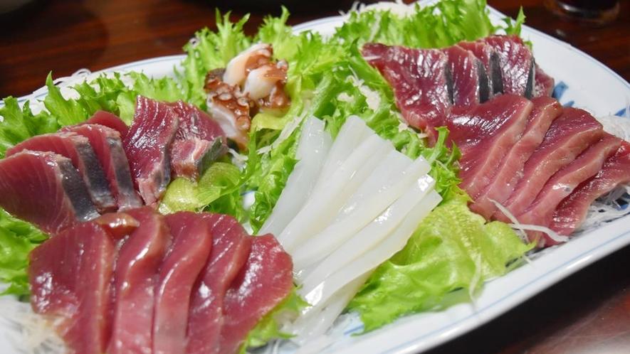 *夕食一例/お刺身は獲れたて新鮮!島グルメを存分にお楽しみ下さい☆