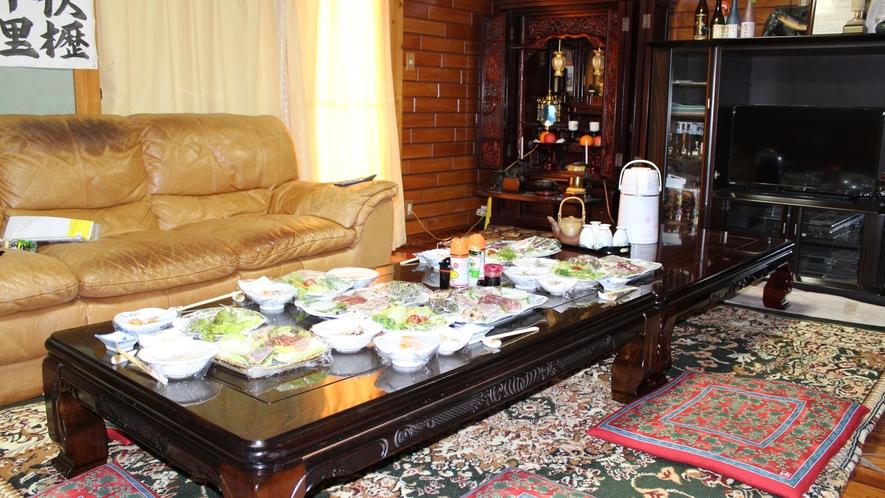 *処/御飯をご用意するリビングです。みんなで食卓を囲みます♪