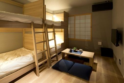 デザインロフトベット2台<23平米>全室添い寝無料/205号