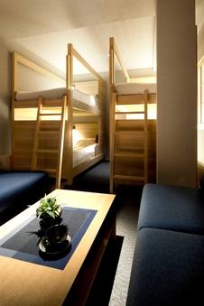 デザインロフトベット2台<23平米>全室添い寝無料/303号