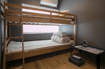 FM2 Room.3