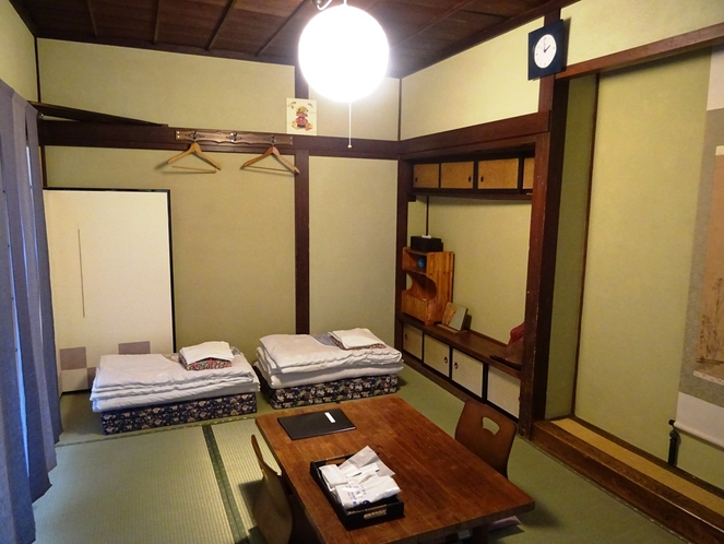 個室7.5畳間【滝山】