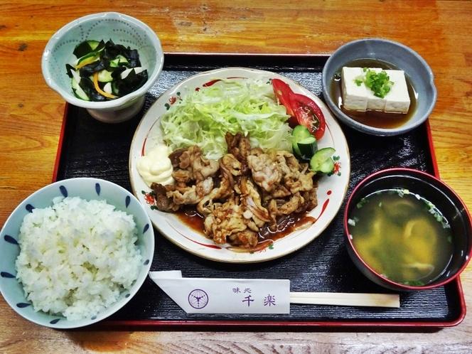 選べる夕食「自家製タレの豚焼肉定食」