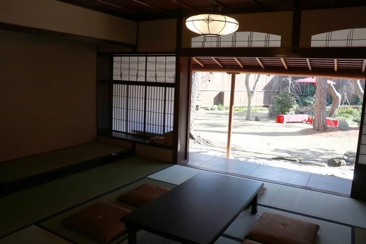和室と縁側