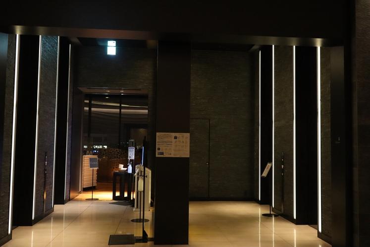 14階エレベーター