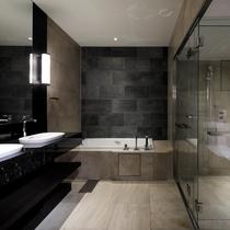 スイートルームバスルーム