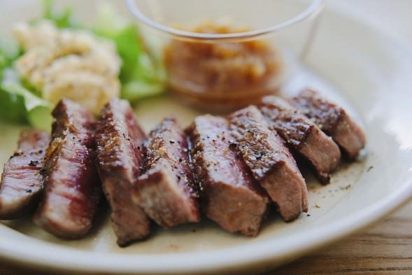 【一番人気】1泊2食付★おひとり様も大歓迎。絶品!特選黒毛和牛ステーキ付きディナーコース★