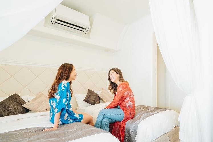 ベッドルーム(Room A・B)