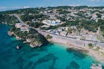 エーゲ海のギリシャにあるサントリーニ島をイメージしたPrivate Villa。