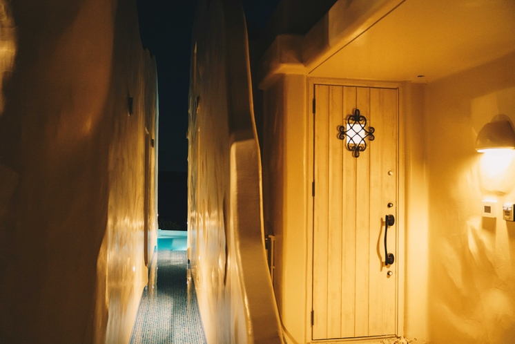 客室 入口