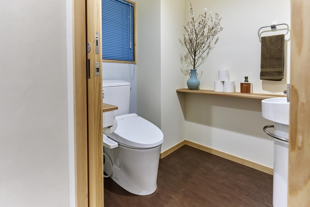 2階部屋トイレ