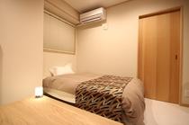 345階部屋、リビングのソファベッド
