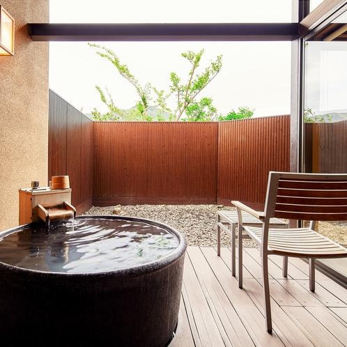 【104 Eタイプ】客室露天風呂