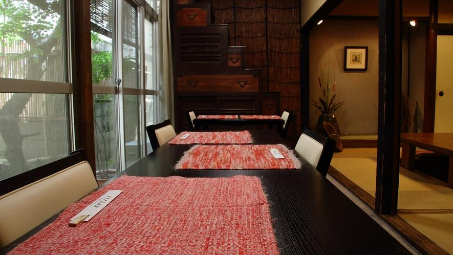 *【そば処まつずみ】和雑貨やアンティーク家具がほっと和む雰囲気の館内