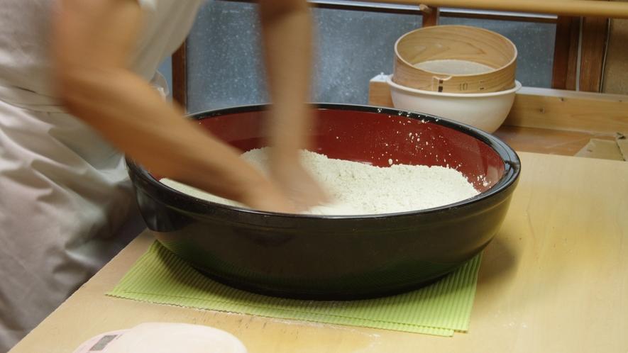*【そば処まつずみ】全国各地から取り寄せた上質なそば粉を使用しています