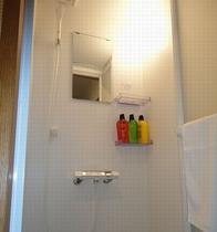 各室共通のシャワールーム