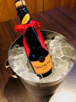 アニバーサーリープラン特典のスパークリングワイン
