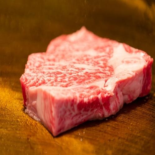 【誇る極上おおいた和牛】ステーキ