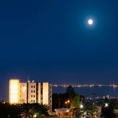 燈月外観夜景