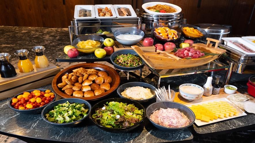 レストラン「Aomoei Bold Kitchen」