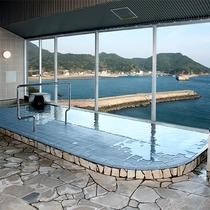 *【展望大浴場一例/男湯】男女共に最上階(4階)から望む絶景の展望浴をお楽しみ下さい