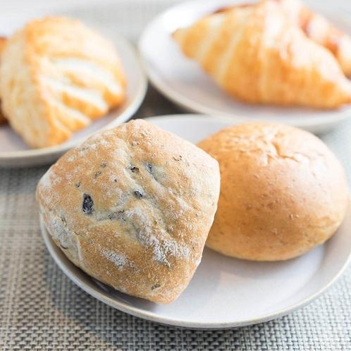 ■焼きたてパン■
