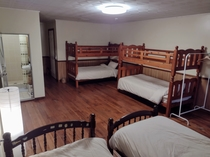 ベッドルーム2-2