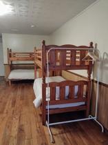 ベッドルーム2-3