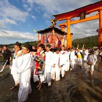 厳島神社 管絃祭(写真提供:広島県)
