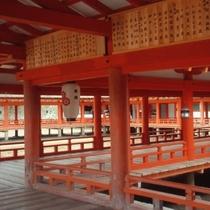 厳島神社 境内(写真提供:広島県)