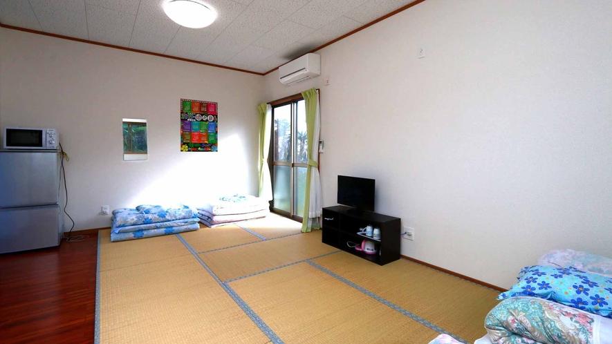 和室タイプの客室です。ファミリーやグループでもゆったりとお過ごしいただけます