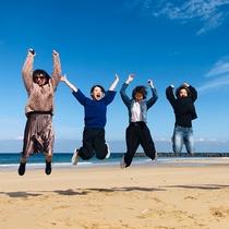 *【海辺】当館より歩いて5分ほどで着きます♪綺麗な浜辺を眺めて・遊んで・楽しみませんか?